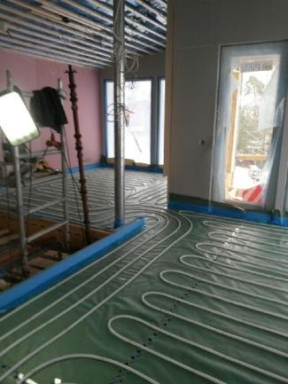 Uudiskohteen LK Systems lattialämmitys, Eloxa Tekniikka